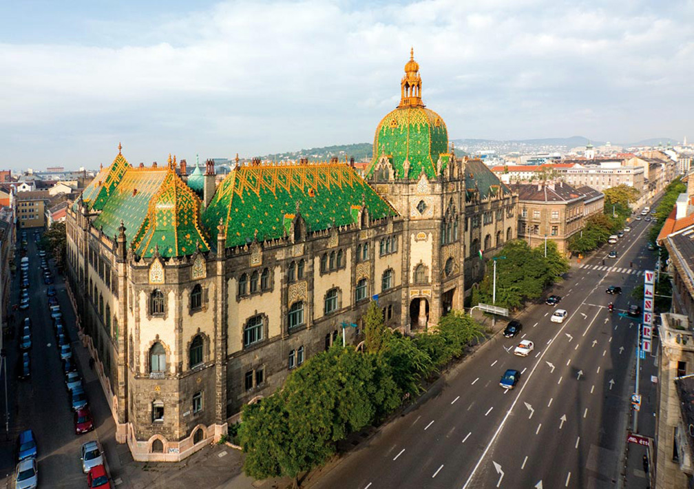 The Seductions Of Budapest The Magazine Antiques
