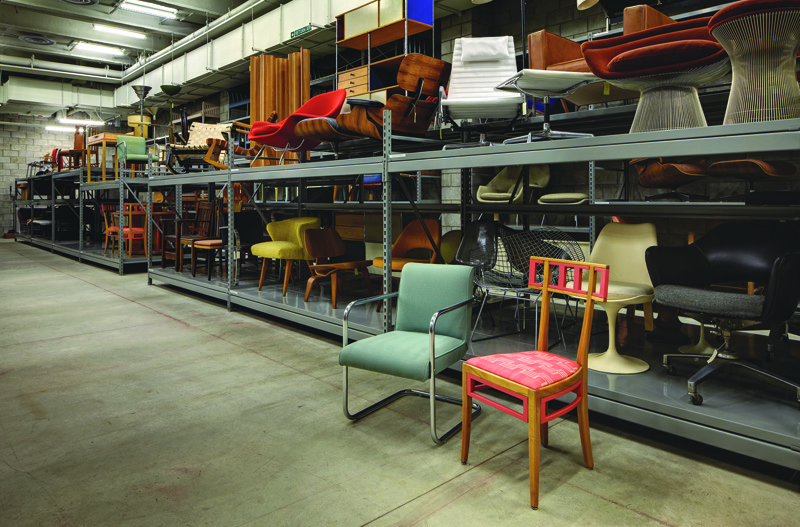 Eero Saarinen In Four Chairs The Magazine Antiques